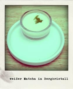 Matcha weiß grün Moos