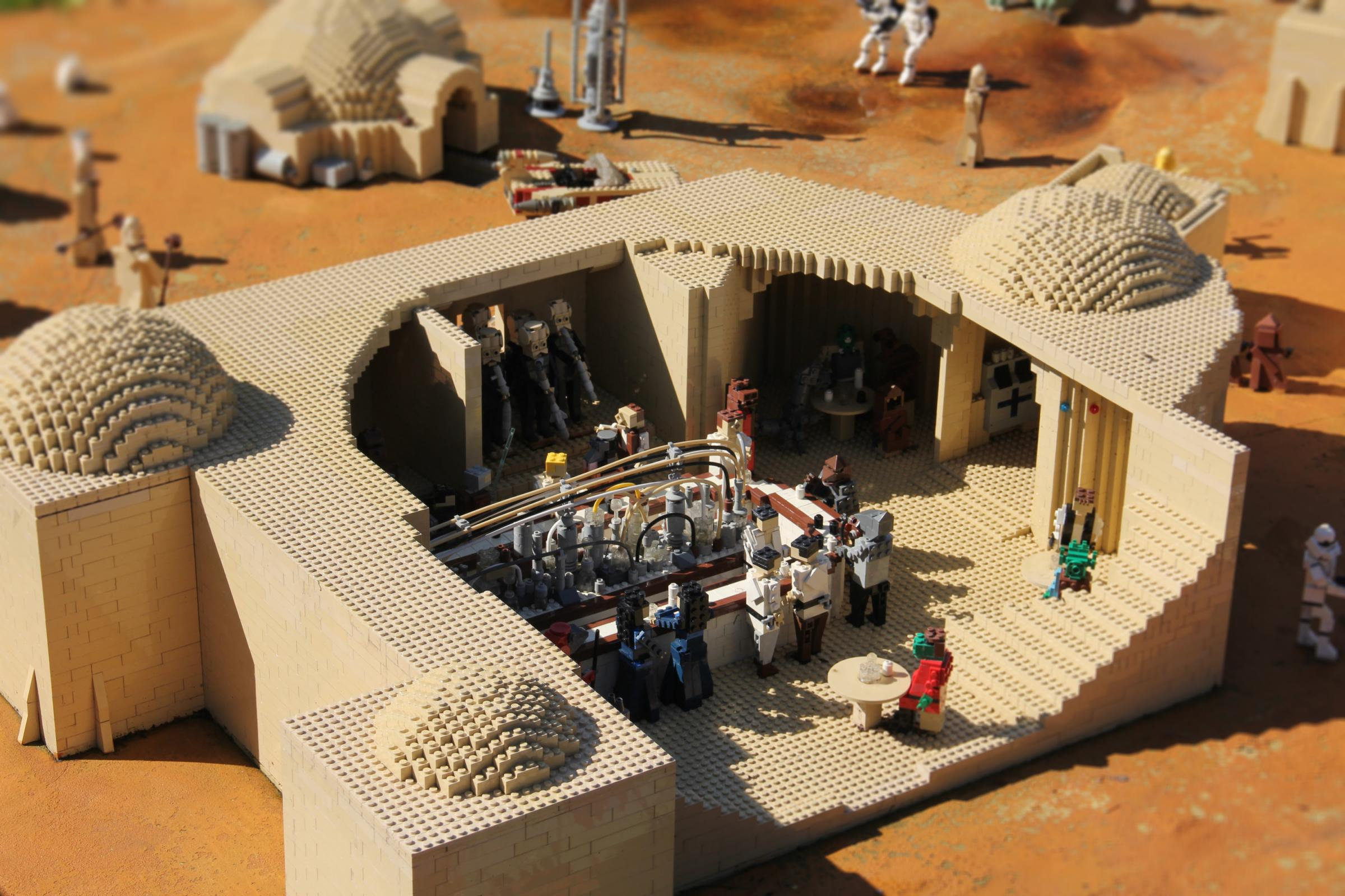 Star Wars Cantina Brick